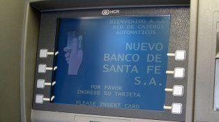 Un peligro: mirá cómo hacen para robarte los datos de la tarjeta de débito