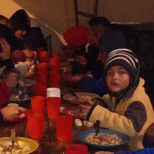 el unico comedor solidario nocturno de la ciudad pide ayuda para poder seguir funcionando