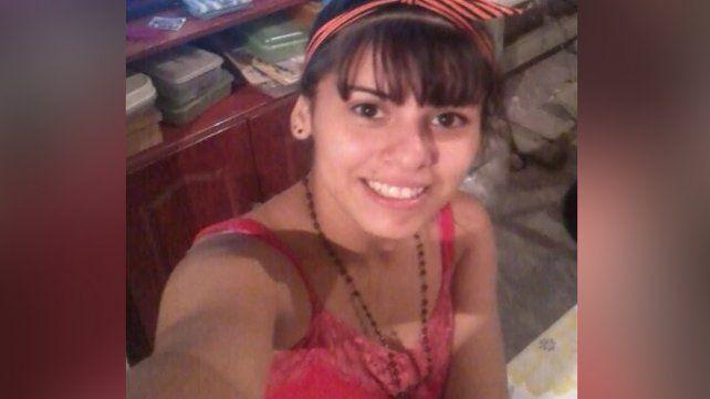 Piden por el paradero de Agustina González