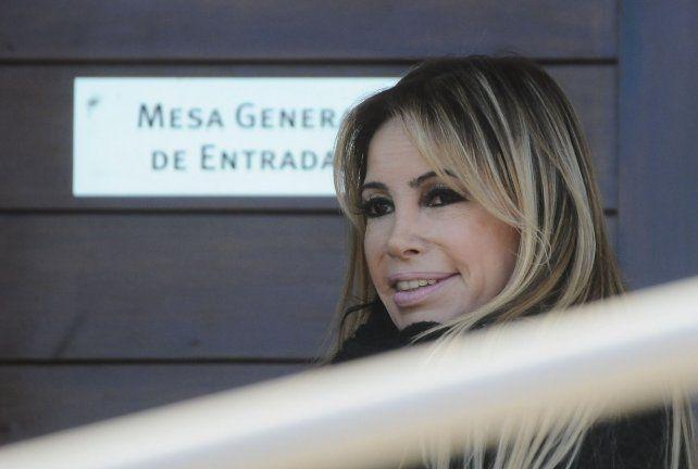 ¿La abogada hot dejó de representar a López y denunció acoso sexual?