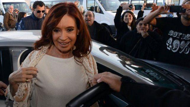 Cristina llegar esta noche a Capital Federal tras los allanamientos en Santa Cruz
