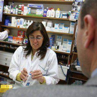 pami discute un nuevo convenio con laboratorios y farmaceuticos piden participar