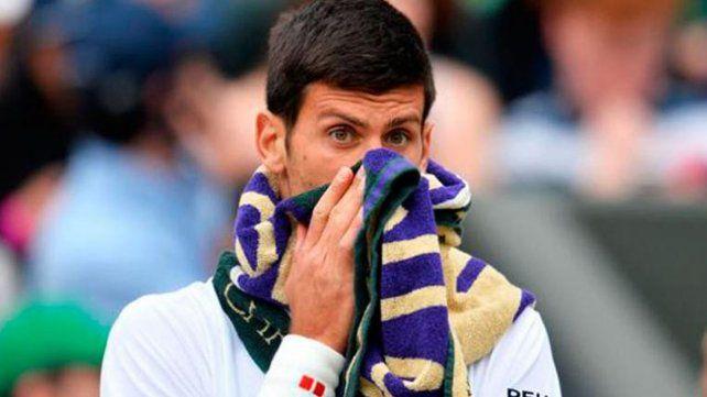 Los tenistas no paran de robar toallas en Wimbledon