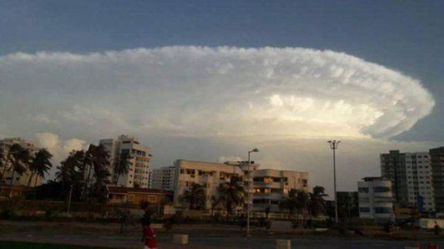 La extraña nube que atemorizó a los colombianos