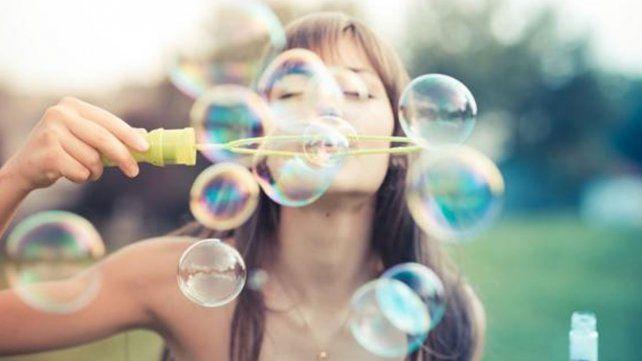 La fórmula matemática que revela de qué depende la felicidad