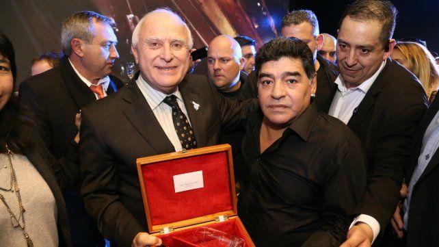 Santa Fe participó del homenaje a los campeones del mundo del 86
