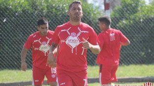El paraguayo Julio Rodríguez hoy arranca los ensayos futbolísticos dentro de los 11 por la falta de refuerzos.