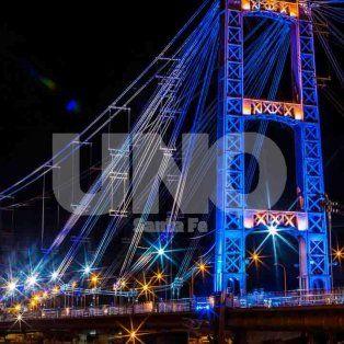 bicentenario de la independencia: 18 mil santafesinos celebraron junto al puente colgante
