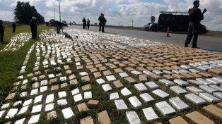 La banda llevaba 3.113 kilogramos de marihuana y más de un kilo de cocaína.