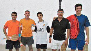 Se realizó en el trinquete del club el Torneo Desafío Amistad el pasado 3 de abril. La mejor pareja fue la compuesta por Estanislao Fernández y David Zottico y en segundo lugar