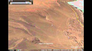Un argentino descubrió una pirámide perfecta en el fondo del Pacífico con Google Earth
