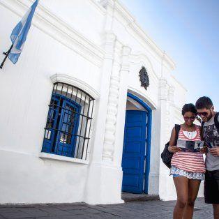 movimiento intenso de turistas pero con bajas ventas para el comercio