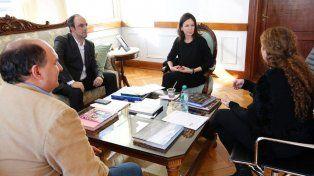 Estudian financiamiento nacional para impulsar proyectos sociales y empleo en la Ciudad