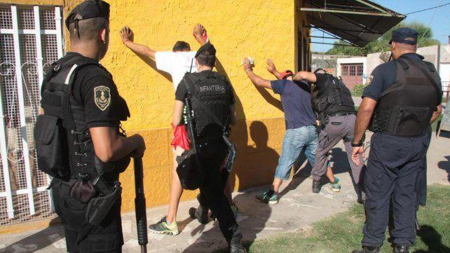 En el primer semestre secuestraron más de 400 armas en el departamento La Capital