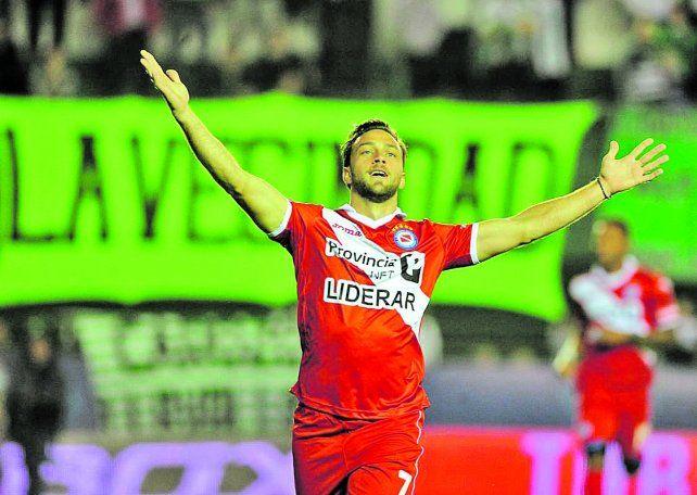 Lautaro Rinaldi a fin de año queda libre y en consecuencia Argentinos aceptó la propuesta de Colón