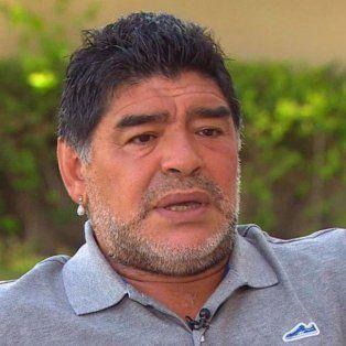 maradona es uno de los candidatos para dirigir a la seleccion de bolivia