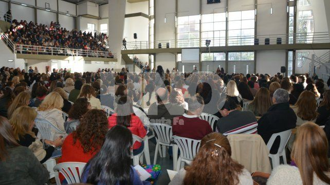 Santa Fe titularizará a 5.000 profesores de escuelas secundarias