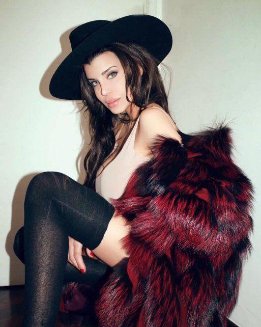 Charlotte Caniggia subió un álbum de fotos calientes