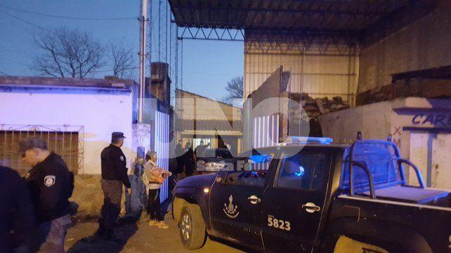 Carbonería.Teniente Loza al 6300 donde balearon a Fernández y aprehendieron a sus familiares.