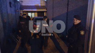 Reflejos. Los policías vieron a los ocupantes del Peugeot 206