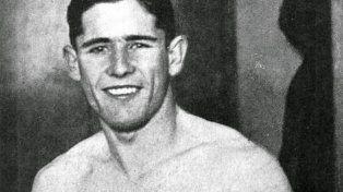 Oscar Casanovas. El bonaerense logró el oro en pluma en los Juegos de Berlín 1936.