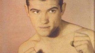 Pascual Pérez. El León Mendocino es el único caso del boxeo nacional que logró un oro olímpico (en mosca, en Londres 1948) y, luego, fue campeón mundial profesional, el primero de la historia de nuestro país (mosca, entre 1954 y 1960).