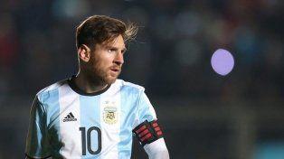 Pérez quiere un cara a cara con Messi y contratar un DT urgente para la Selección