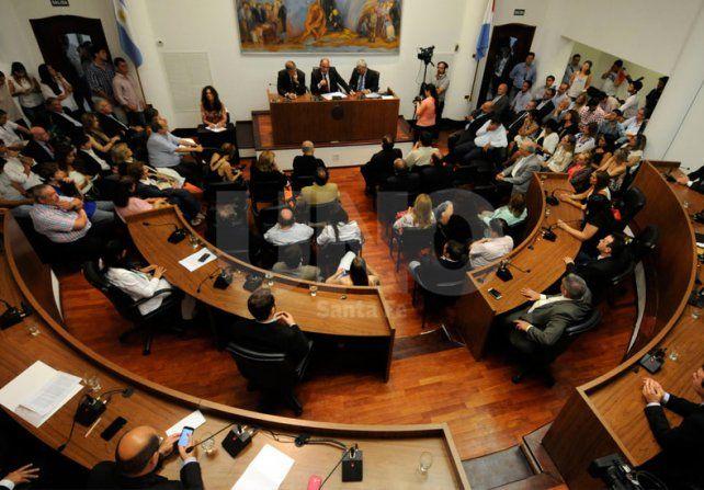 El Concejo rechazó el desvió de fondos del Larrea a Rosario