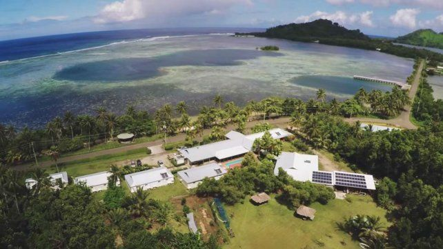 Un afortunado compró una rifa online y ganó una casa con playa privada en una isla paradisíaca