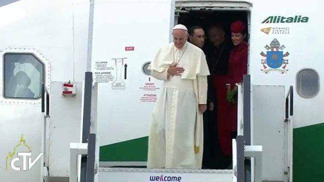 Francisco: El mundo está en guerra pero no una guerra de religiones