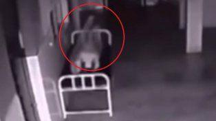 Video: ¿un alma abandona el cuerpo de un enfermo terminal que falleció?