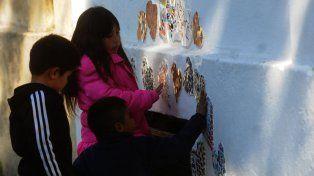 Inauguraron un mural en Homenaje al doctor Favaloro en Santa Fe