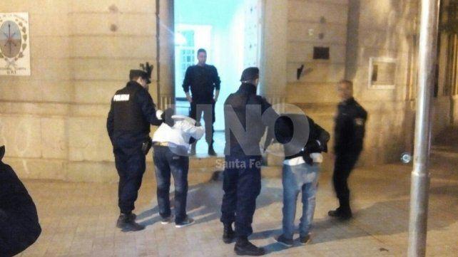 Detuvieron a dos delincuentes que andaban por los techos en el macrocentro santafesino