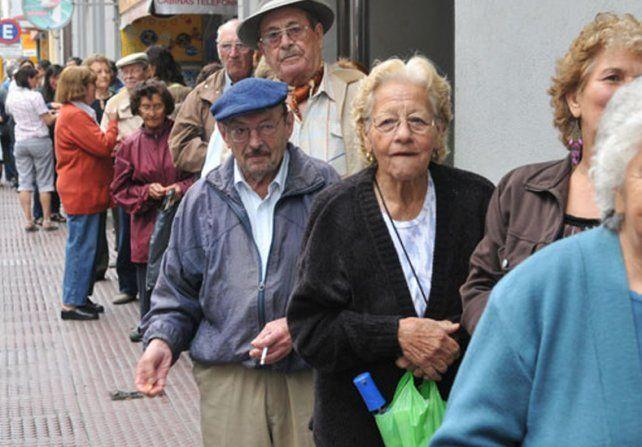 Actividades en el marco de la campaña de buen trato hacia los adultos mayores