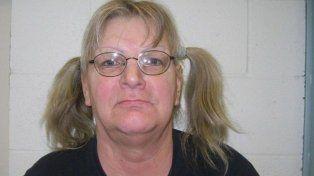 Una mujer robó un banco para volver a prisión