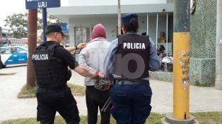 Detuvieron a un hombre armado cuando intentaba cometer asaltos en la vía pública