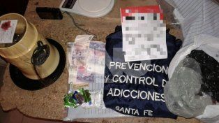 Cayó en Villa Hipódromo una vendedora barrial de droga