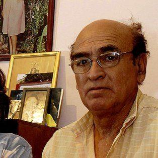 A la derecha, el padre de María Soledad, Elías Morales.