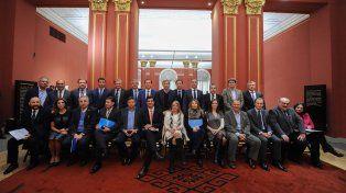 En Casa Rosada. Por Santa Fe asistió el vicegobernador Carlos Fascendini.