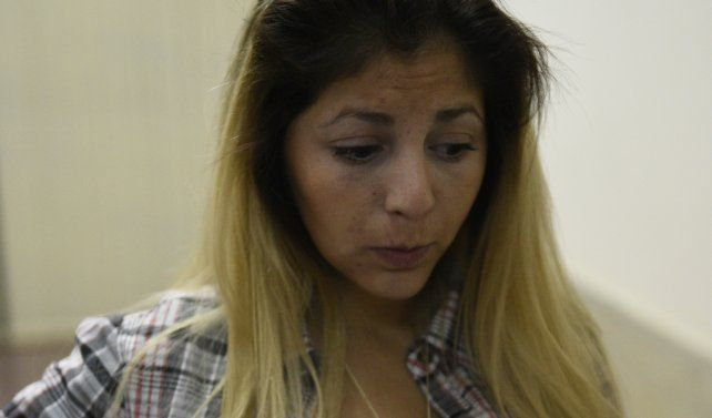 Una joven fue secuestrada, golpeada y tirada a una zanja