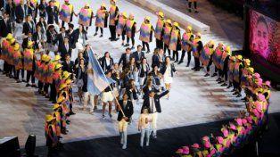 La delegación argentina desplegó toda su alegría en la apertura de los Juegos Olímpicos