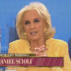 el blooper de mirtha en plena nota con scioli