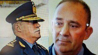 A la izquierda: Comisario MayorLuis María Siboldi