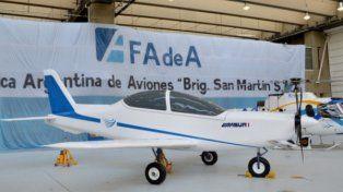 Debutó el IA-100, primer avión diseñado por la Fábrica Argentina de Aviones