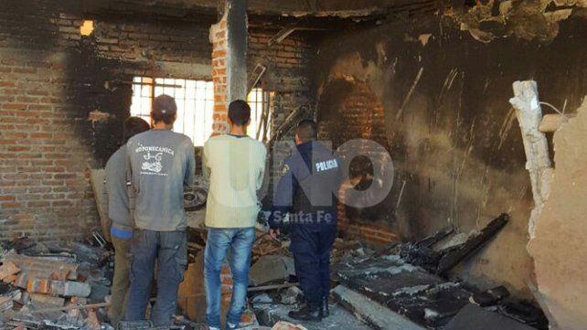 Incendiaron de manera intencional  un taller de motos en el norte de la ciudad