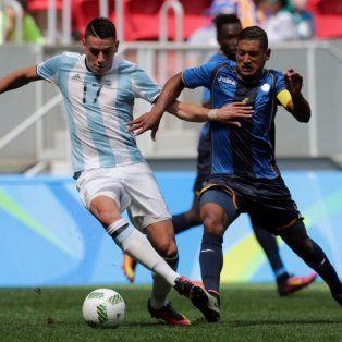 mira en vivo: argentina se juega la chance de acceder a cuartos ante honduras
