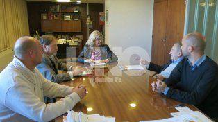 Articularán acciones para controlar las licencias médicas de los agentes escolares