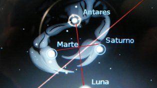 Impactante cruz en cielo argentino