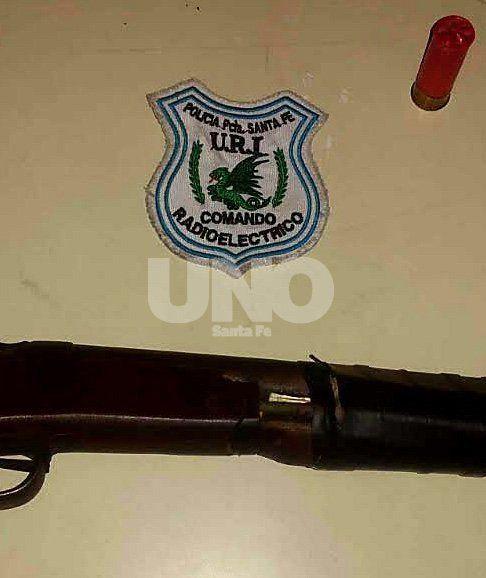 Detuvieron a un violento delincuente tras intenso tiroteo en barrio Los Troncos