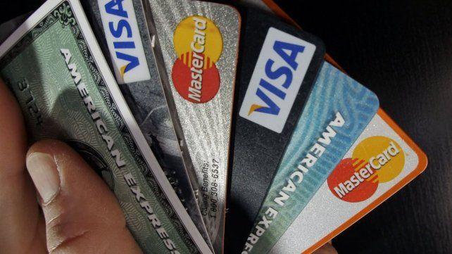 Desde noviembre próximo se podrán dar de baja las tarjetas de crédito por internet